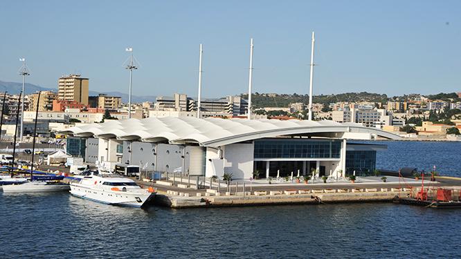 Il pranzo solidale con Caritas, Marina Militare e Capitaneria di Porto